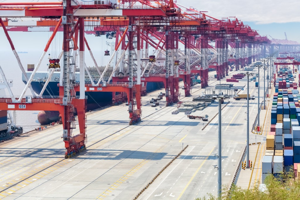 freight costs demand and supply